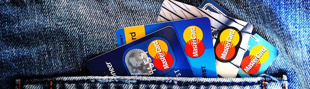 Acquisti online, carte di credito, spese extra, antitrust, multa, Norwegian Air, Blue Air